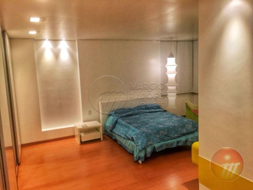EDIFÍCIO GRAND CLASSIC  Apartamento de 453m² para Venda.  Possui: - Sala para 4 ambientes; - Sala de Jantar e Lavabo; - Varanda; - 4 suítes (sendo 1 suíte master com 2 closets e 2 banheiros); - Cozinha ampla com sala de almoço; - Despensa; - Área de Serviço  - 2 DCE.  * Entre em contato conosco via celular ou WhatsApp, e agende uma visita com um de nossos corretores de plantão.