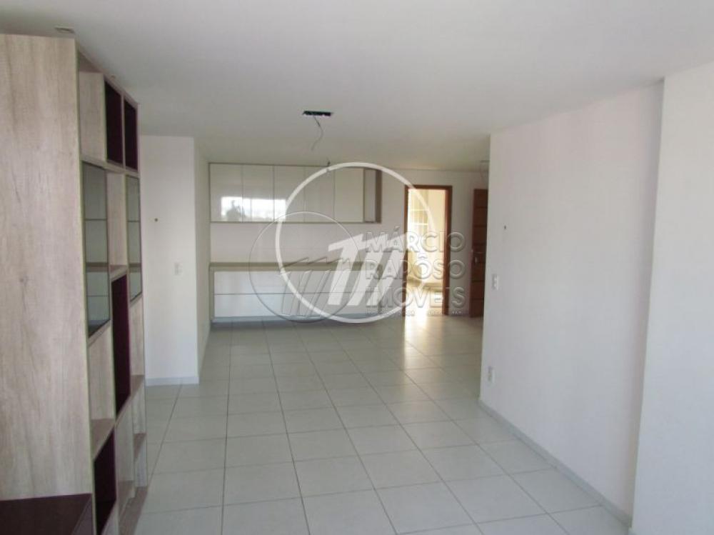 Comprar Apartamento / Padrão em Maceió apenas R$ 620.000,00 - Foto 3