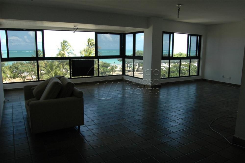 EDIFÍCIO LENNIE NICHOLLS  apartamento de 236,50m² para venda.  possui: - sala em L; - varanda; - 4 quartos (sendo 2 suítes); - WC social; - cozinha; - área de serviço; - 2 DCE.  * Entre em contato conosco via celular ou WhatsApp, e agende uma visita com um de nossos corretores de plantão.