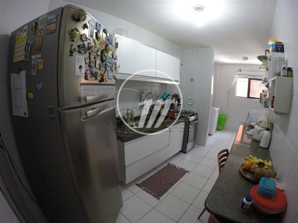 EDIFÍCIO NANTES   Apartamento de 89m² para venda.  - Sala para dois ambientes (estar e jantar); - Varanda; - 2 quartos, sendo 2 suítes; - Cozinha; - Banheiro com área de serviço.   > Armários na cozinha.  No condomínio: - 2 vagas de garagem; - área de lazer com piscina; - churrasqueira; - salão de festas; - playground.  * Entre em contato conosco via celular ou WhatsApp e agende uma visita com um de nossos corretores de plantão.