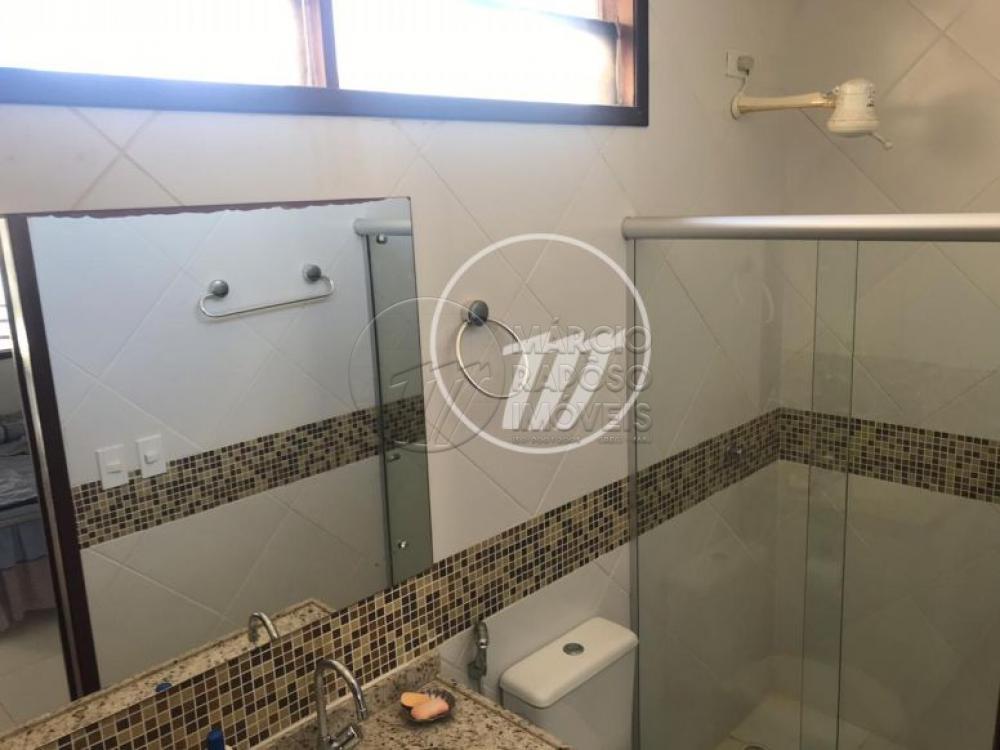 CASA - RECANTO DOS CAETÉS  Casa de 450 m² para Venda.  PAVIMENTO TERREO: - Sala para dois ambientes, estar e jantar; - 1 Suíte,  - WC,  - Varanda,  - Churrasqueira,  - Piscina; - WC Cozinha; - Área de Serviços; - DCE.  PAVIMENTO SUPERIOR: - 4  Suítes, sendo 1 Suíte Master com varanda; - 3 quartos, sendo um com Varanda; - WC reversível.
