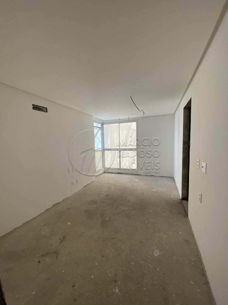 EDFº PORTO FINO   apartamento para venda possui: - varanda - sala estar - sala jantar - 4 suítes sendo 01 master, e 01 reversível - lavabo - cozinha - área de serviço -despensa - dce - laje splint - 04 vagas de garagem.