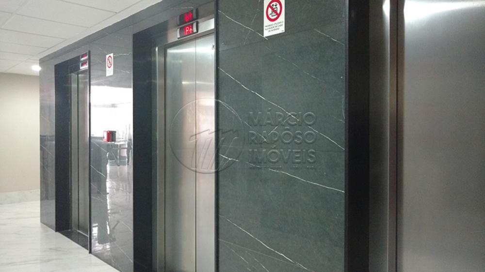 PREDIO COMERCIAL BEM LOCALIZADO COM ESTACIONAMENTO PRIVATIVO, RECEPÇÃO 24 HORAS, COM DOIS PAVIMENTOS DE GARAGEM COM ESTACIONAMENTO PRIVATIVO,AUDITORIO, FOYER, RECEPÇÃO INDIVIDUAL E ESCRITORIOS VIRTUAIS- SALA TODA PRONTA E ESPAÇOSA COM WC.