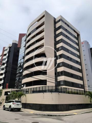 Alugar Apartamento / Padrão em Maceió. apenas R$ 1.600.000,00