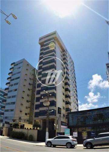 Apartamento / Padrão em Maceió , Comprar por R$1.100.000,00