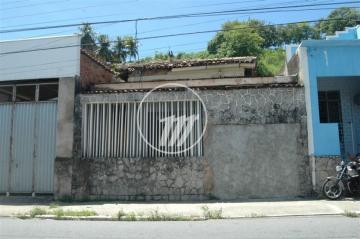Terreno / Padrão em Maceió