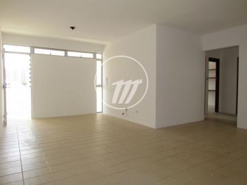 Apartamento / Padrão em Maceió , Comprar por R$240.000,00