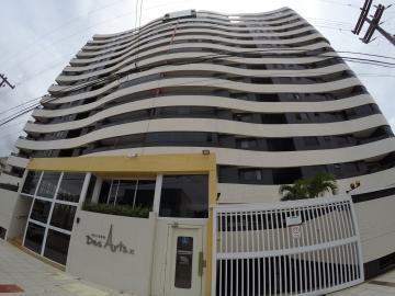 Apartamento / Padrão em Maceió Alugar por R$2.000,00