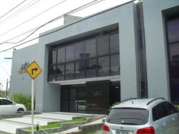 Maceio Poco Comercial Locacao R$ 564,70 Condominio R$450,00 Area construida 35.69m2