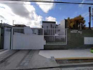 CONDOMÍNIO BUENOS AIRES - EDF. CORDOBA APARTAMENTO NO 3º ANDAR, COMPOSTO DE VARANDA, 02 QUARTOS (SENDO 01 COM ARMÁRIO), WC SOCIAL, COZINHA COM ARMÁRIO, ÁREA DE SERVIÇO E DCE. 02 VAGAS DE GARAGEM COBERTAS. ÁREA DE LAZER COM PISCINA, CHURRASQUEIRA.  ÁGUA INCLUSO.